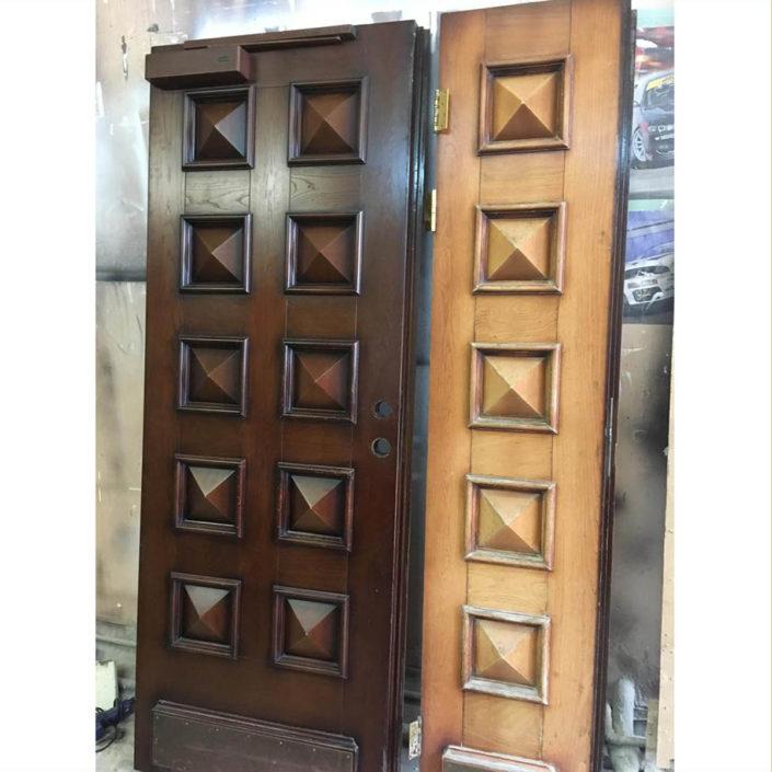 ремонт восстановление деревянных входных дверей в СП-б