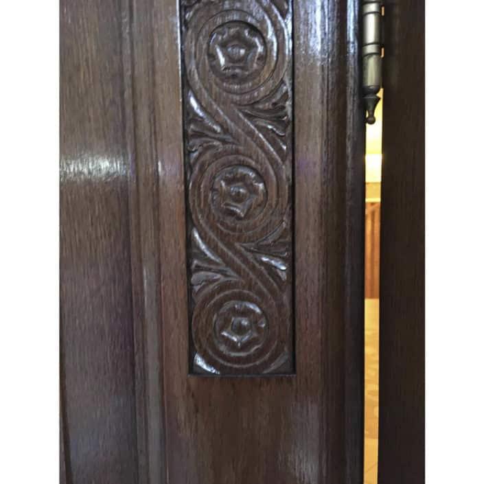 ремонт и реставрация входных дверей в спб